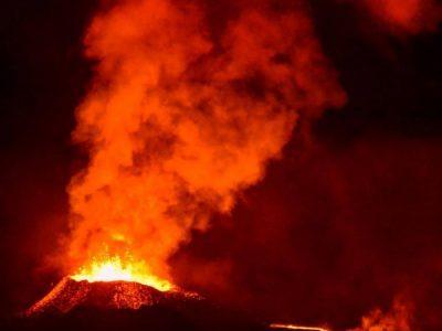 Vidéo : Eruption du Piton de La Fournaise – Août 2015