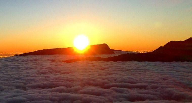 Coucher de soleil sur le piton des neiges la r union paradis - Horaire coucher soleil 2015 ...