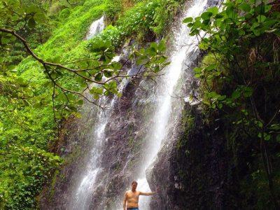 Petite douche à Anse des Cascades