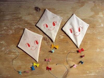 Cerf volants en papier